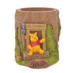 DSJ Pooh pen stand HOUSE