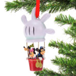DSJ Christmas Mickey & Friends Ornament balloon