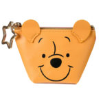 DSJ Winnie the Pooh Face Pouch (S)
