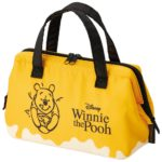 DSJ   Pouch type Cold lunch bag Winnie the Pooh  Honey