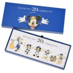 DSJ TOKYO DISNEY RESORT STORE 20th Anniversary Pin Badge set