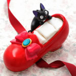 GHI Kiki's delivery service Ring stand